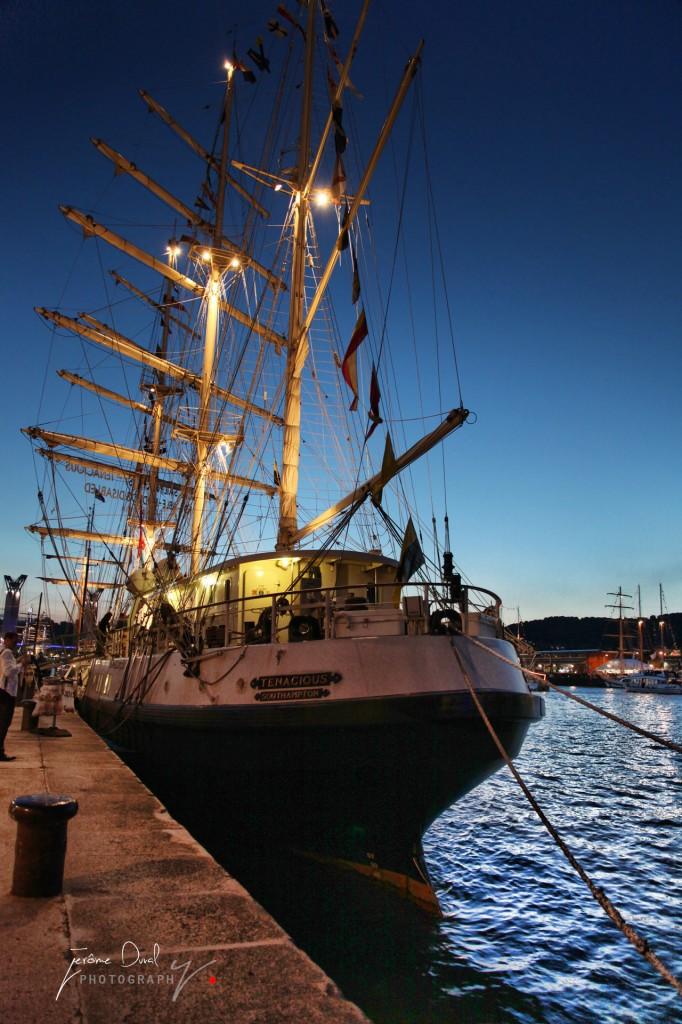 bateau de nuit armada