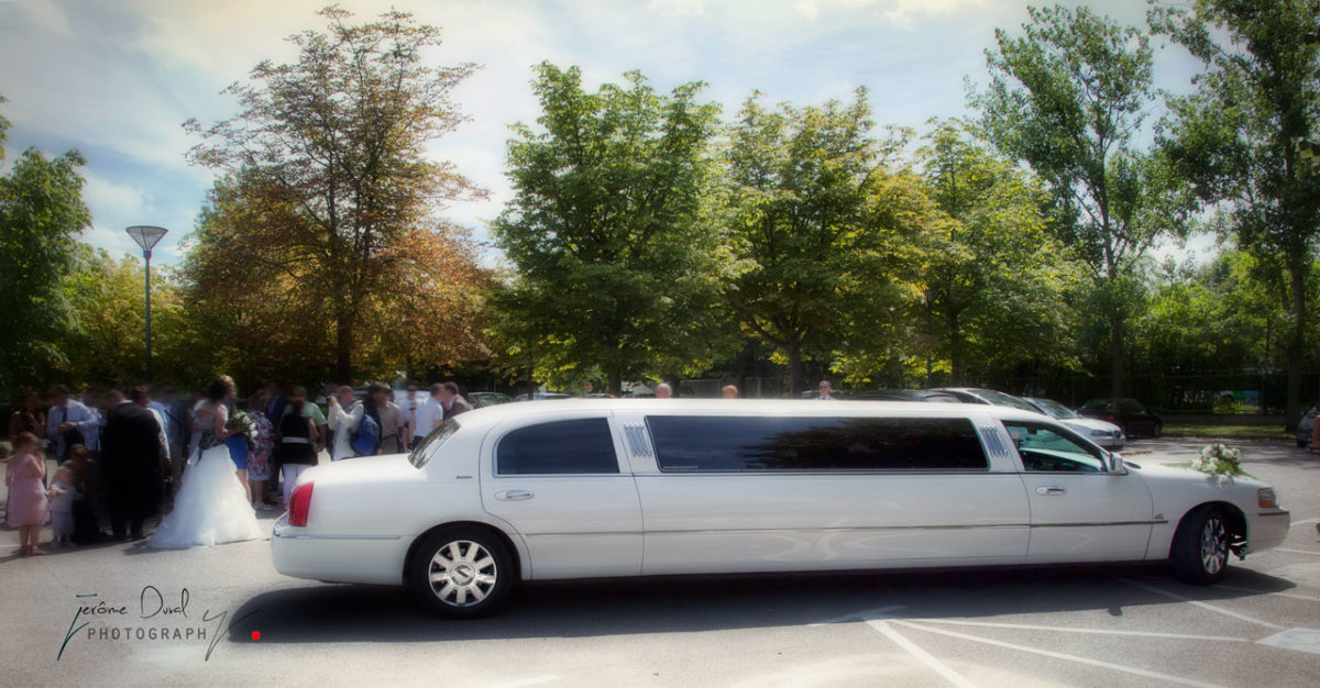 Ailly Limousine